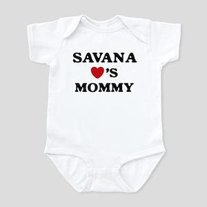 Savana loves mommy Infant Bodysuit