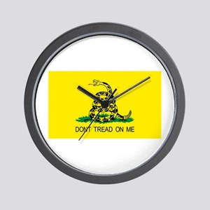 dont tread on me gifts Wall Clock