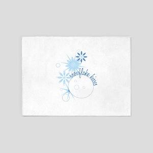 Snowflake Kisses 5'x7'Area Rug