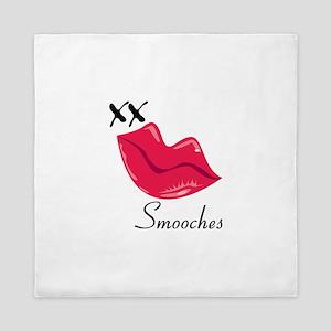 Smooches Queen Duvet