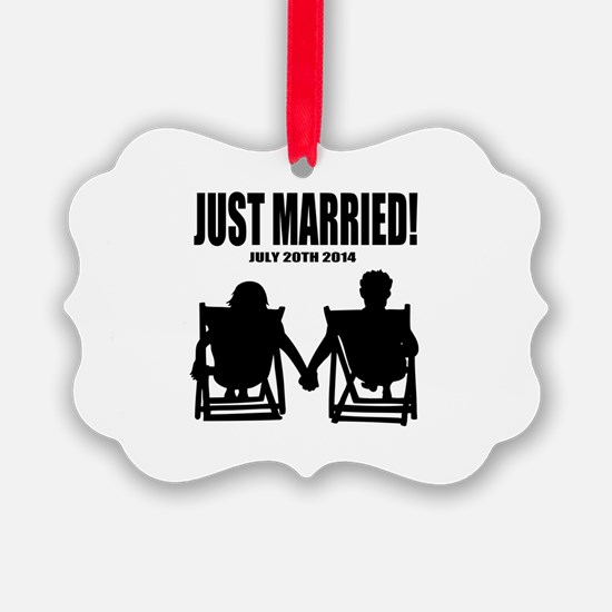 Just Married | Personalized wedding Ornament