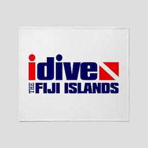 idive (Fiji) Throw Blanket
