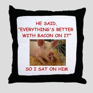 pig humor Throw Pillow