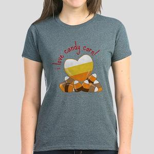 i love candy corn ! T-Shirt