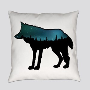 WOLF NIGHTLY Everyday Pillow