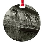 Punto de Vista Ornament