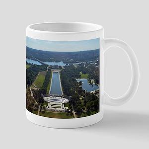 Lincoln Memorial - Pool - WWII memorial Mugs