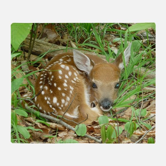 spotted fawn Throw Blanket