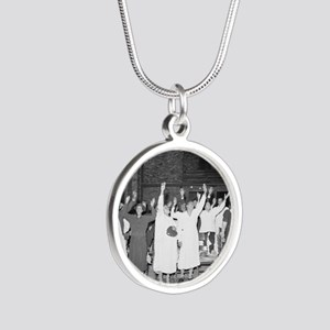 Praising the Lord, 1941 Silver Round Necklace
