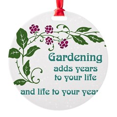 Gardening adds Years Ornament