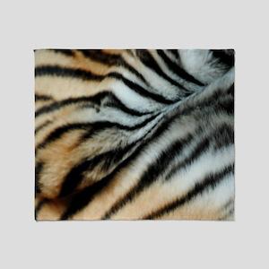 Tiger 02 Throw Blanket