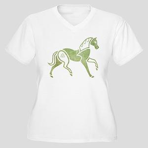 Epona Women's Plus Size V-Neck T-Shirt