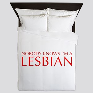 NOBODY-KNOWS-IM-A-LESBIAN-OPT-RED Queen Duvet