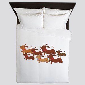 Running Weiner Dogs Queen Duvet