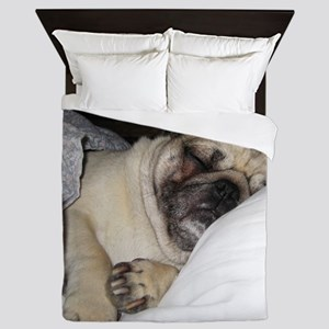 Sleepy Pug Queen Duvet