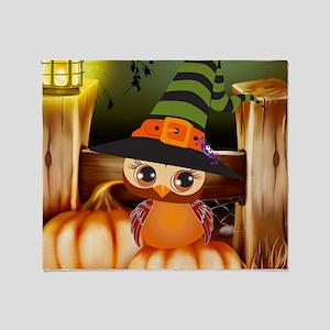 Cute Halloween Owl Throw Blanket