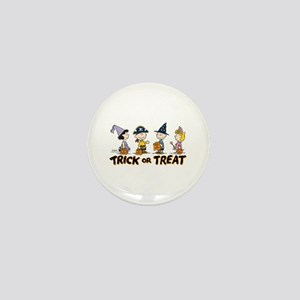 The Peanuts Gang: Trick or Treat Mini Button