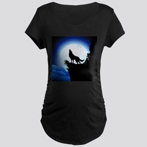 Wolf Howling at Blue Moon Maternity T-Shirt