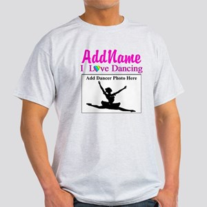 DANCING PHOTO Light T-Shirt