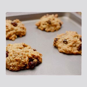 Oatmeal raisin cookies Throw Blanket