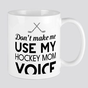 Hockey mom voice Mugs