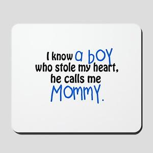I know a boy Mousepad
