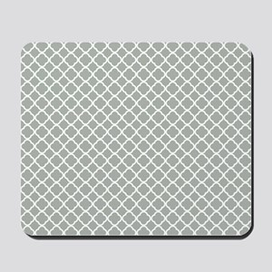 Quatrefoil in Silver Gray Mousepad