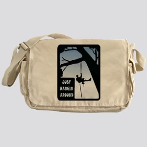 HANGING AROUND Messenger Bag