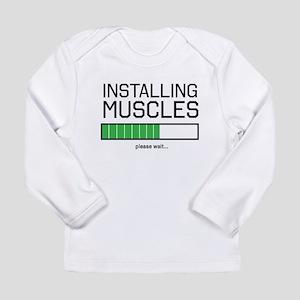 Installing muscles Long Sleeve T-Shirt