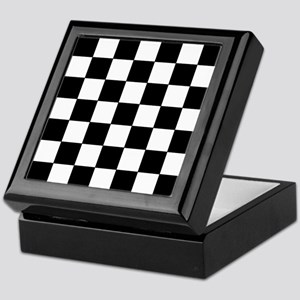 Checkered Pattern Keepsake Box
