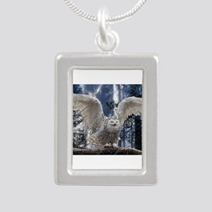 Woody Snow Owl Necklaces