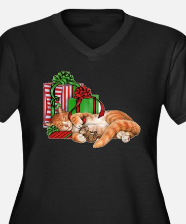 Cute Cat, Mouse and Christmas Presents Plus Size T