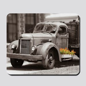 Vintage Old Truck Color Splash Mousepad