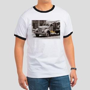 Vintage Old Truck Color Splash T-Shirt