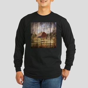 farm red barn wood texture Long Sleeve T-Shirt