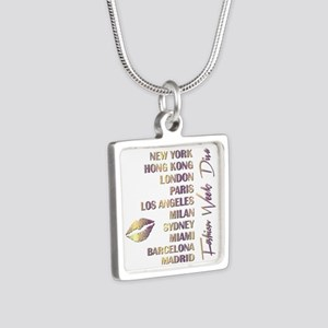 FASHION WEEK DIVA Silver Square Necklace