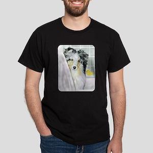 Blue Merle Sheltie Bath Dark T-Shirt