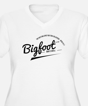 Bigfoot Bar And Grill Plus Size T-Shirt