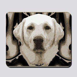 A rustic yellow lab Mousepad
