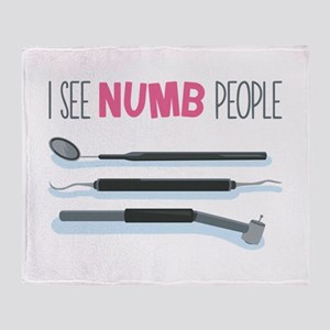 I See Numb People Throw Blanket