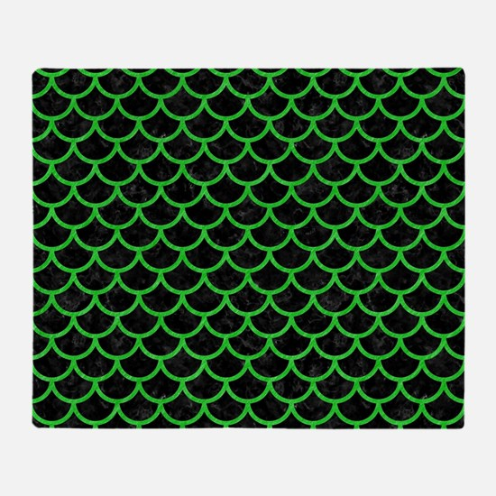 SCALES1 BLACK MARBLE & GREEN COLORED Throw Blanket