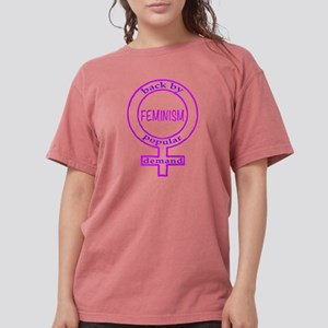 Feminism is back in dk T-Shirt