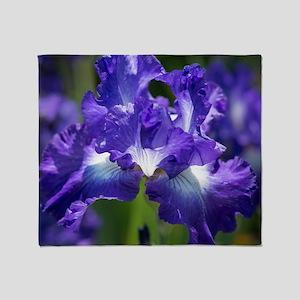 iris garden Throw Blanket