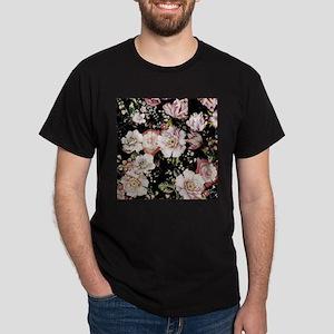 elegant vintage flowers nature floral art T-Shirt