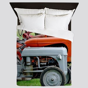 Old Farm Tractor Queen Duvet