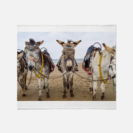 Funny Funny animal photos Throw Blanket