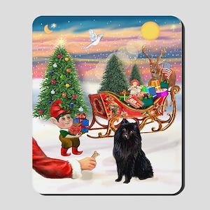 Santa's Treat /Schipperke. Mousepad