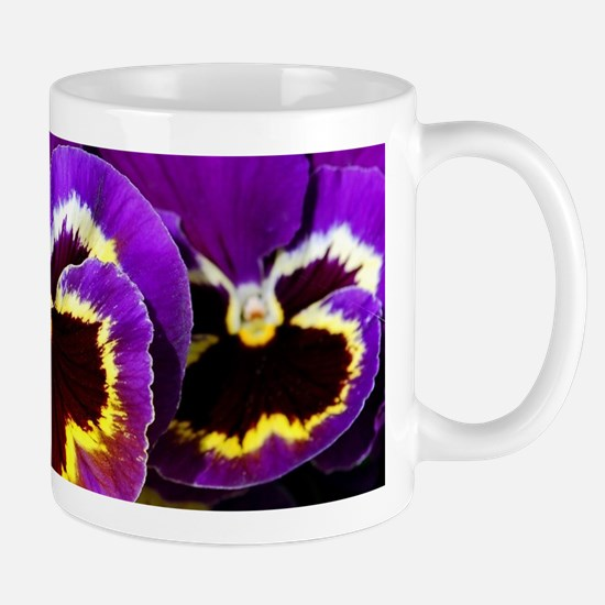 Beautiful purple pansy Mugs