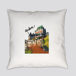 5decoupesignaturetourne Everyday Pillow