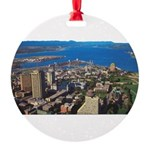 1decoupeseul Round Ornament